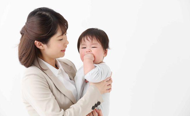 子育てと仕事を両立したい働くママをサポートする社内制度3選