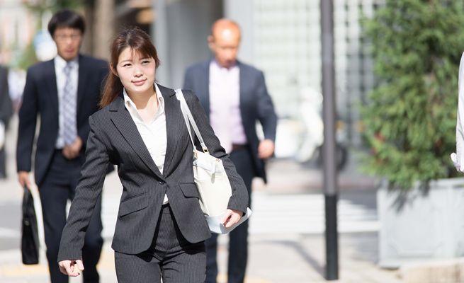 女性管理職の登用で得られるメリットとは?課題や育成方法もご紹介