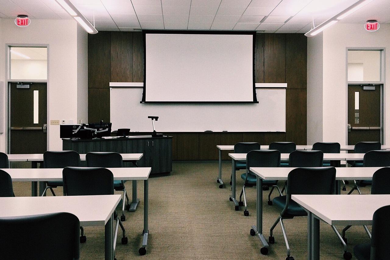 内定者研修の目的と重要性、プログラム内容・時期・設計ポイント